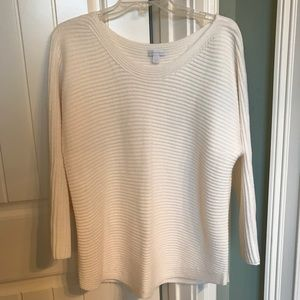 Like new Sweater size Large